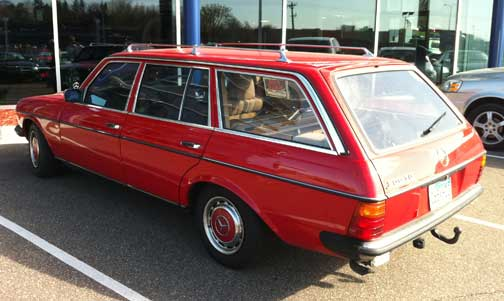 1981 mercedes benz 300td diesel wagon euro model manual 4 speed for sale dave knows cars. Black Bedroom Furniture Sets. Home Design Ideas