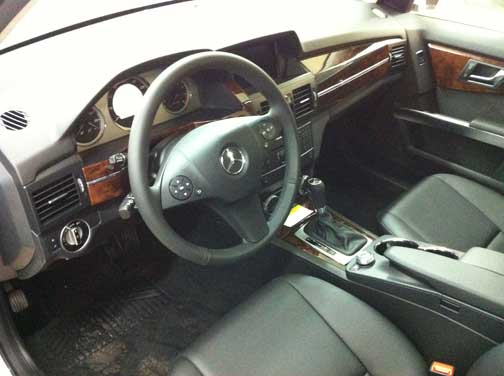 2012 Mercedes GLK interior