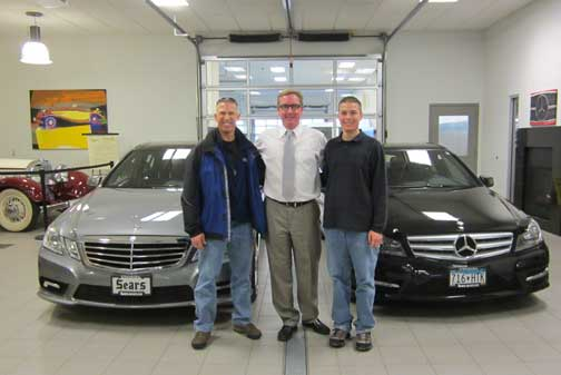 dave-tobin-mercedes-customers