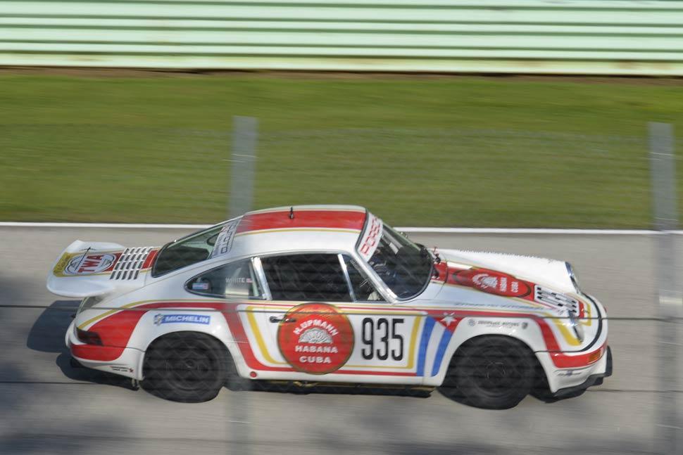 Road-America-Vintage-Racing-Porsche