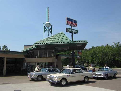 Mercedes FLW Service Station, Cloquet, MN