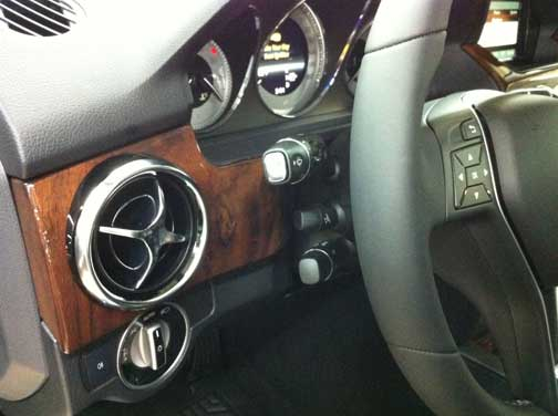 2013 mercedes GLK turn signal placement