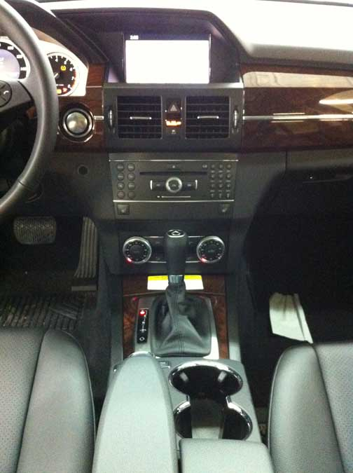 2012 Mercedes GLK350 interior