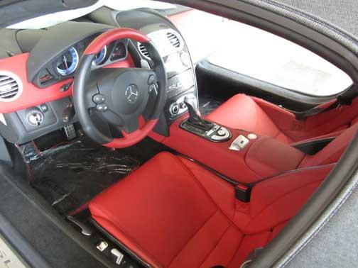 McLaren-SLR-Roadster-interior