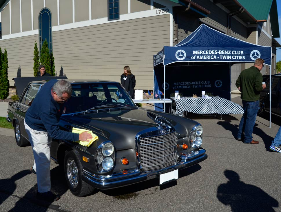 Mercedes-6.3-Oktoberfest-AutoMotorPlex-Chanhassen
