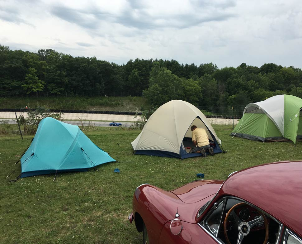 Road-America-Vintage-races-Carousel-Camping
